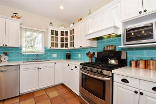 Photo 3: 2602 DUNDAS Street in Vancouver: Hastings Sunrise House for sale (Vancouver East)  : MLS®# R2538537