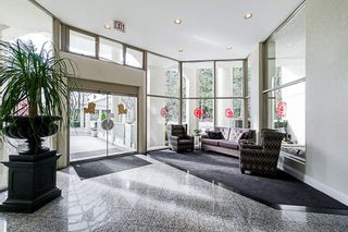 """Photo 2: 1704 6188 PATTERSON Avenue in Burnaby: Metrotown Condo for sale in """"THE WIMBLEDON CLUB"""" (Burnaby South)  : MLS®# R2341545"""