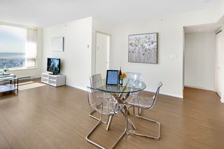 Photo 8: 3209 6658 DOW AVENUE in Burnaby: Metrotown Condo for sale (Burnaby South)  : MLS®# R2343741