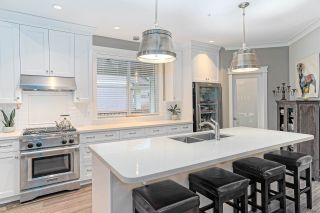 "Photo 3: A 44733 VANDELL Drive in Chilliwack: Vedder S Watson-Promontory 1/2 Duplex for sale in ""RIVERS EDGE"" (Sardis)  : MLS®# R2429547"