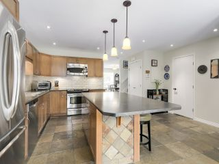 Photo 12: A3 240 W 16th Street in North Vancouver: Central Lonsdale Townhouse  : MLS®# R2178079