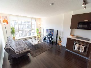 "Photo 6: 308 10777 UNIVERSITY Drive in Surrey: Whalley Condo for sale in ""City Point"" (North Surrey)  : MLS®# R2552407"