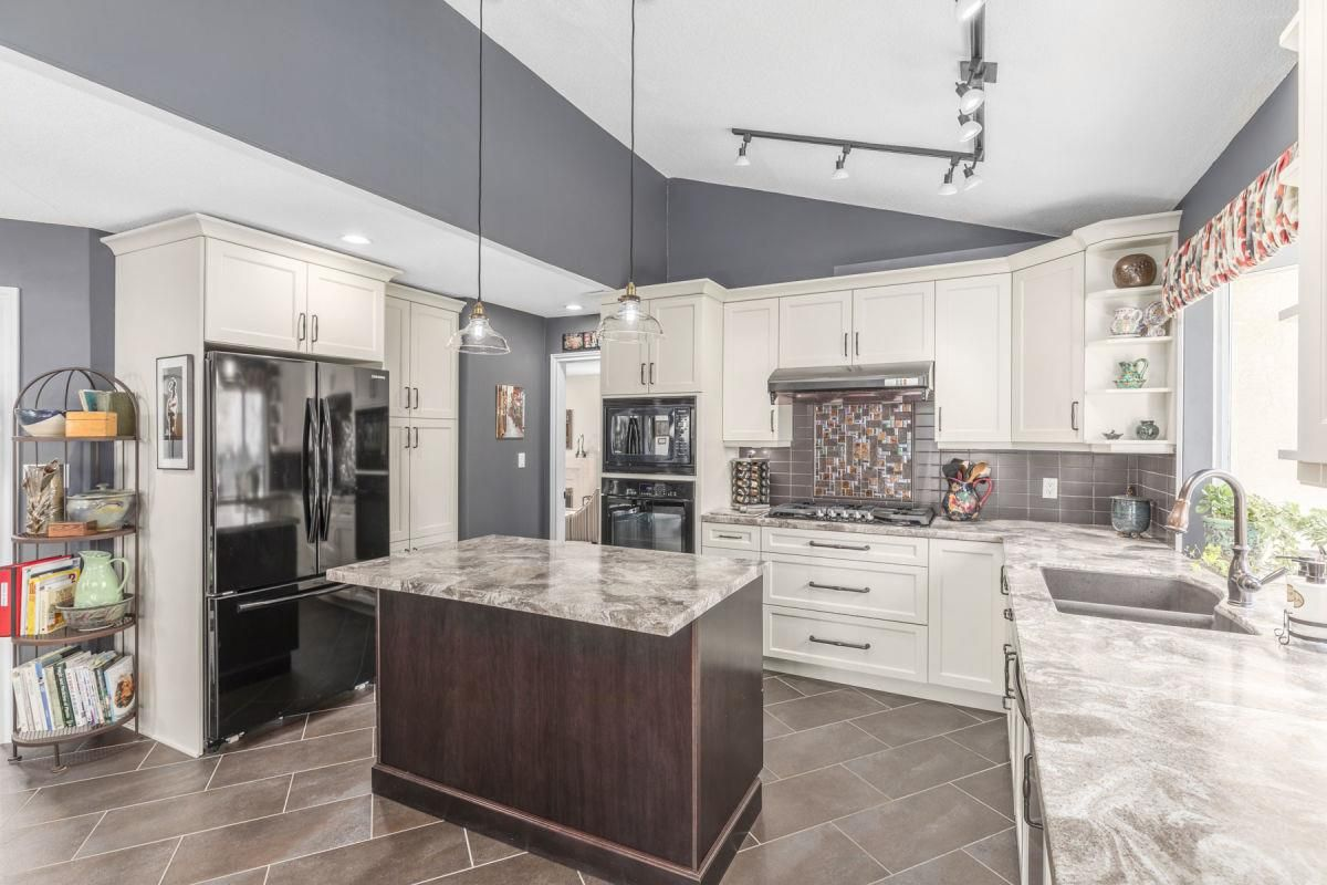 Photo 7: Photos: 9251 JASKOW Place in Richmond: Lackner House for sale : MLS®# R2353328