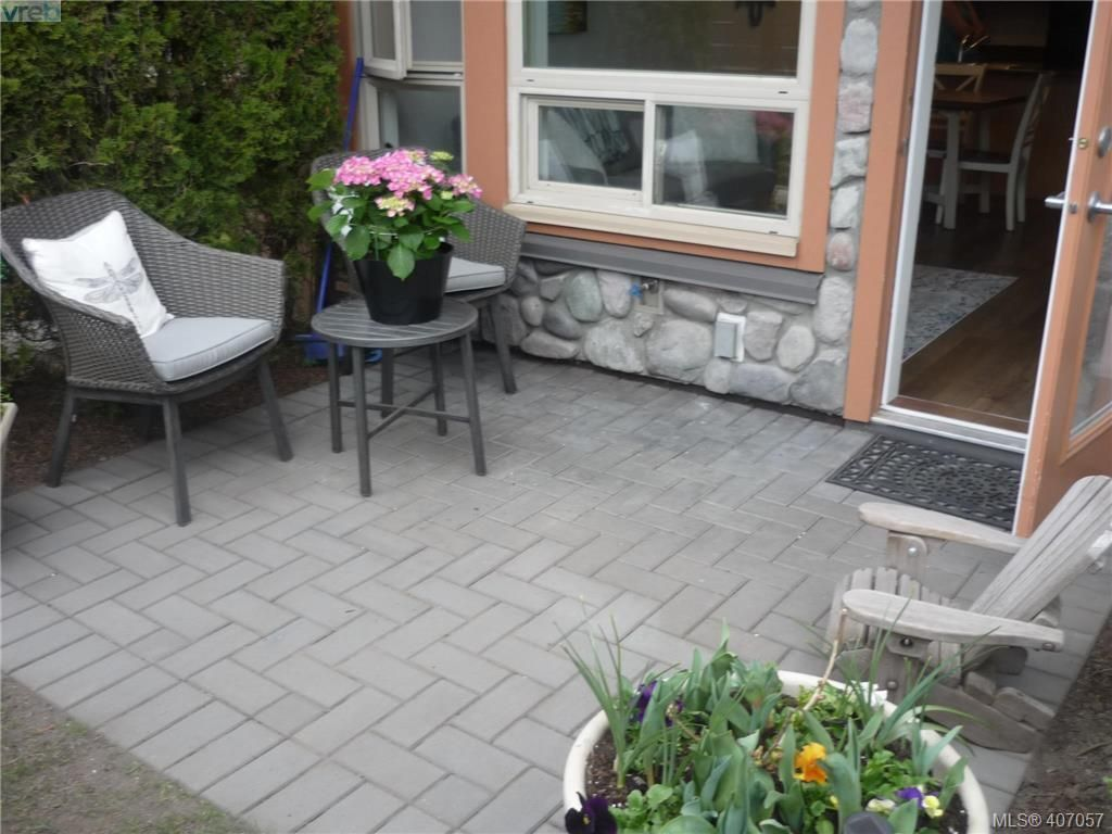 Photo 15: Photos: 103 825 Goldstream Ave in VICTORIA: La Langford Proper Condo for sale (Langford)  : MLS®# 808915