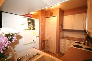 Photo 6: 210 5788 VINE Street in Vineyard: Home for sale : MLS®# V873566
