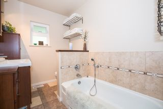 Photo 8: 2705 HENRY Street in Port Moody: Port Moody Centre House for sale : MLS®# R2087700