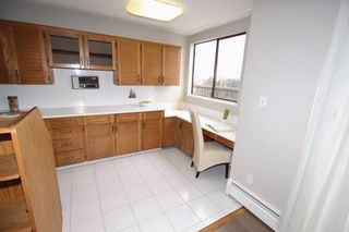"""Photo 8: 1701 320 ROYAL Avenue in New Westminster: Downtown NW Condo for sale in """"THE PEPPER TREE"""" : MLS®# R2196193"""