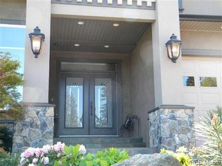 Photo 2: 1697 Texada Terrace in NORTH SAANICH: NS Dean Park Residential for sale (North Saanich)  : MLS®# 322928