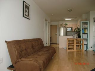 """Photo 9: PH1 418 E BROADWAY in Vancouver: Mount Pleasant VE Condo for sale in """"BROADWAY CREST"""" (Vancouver East)  : MLS®# V1022028"""