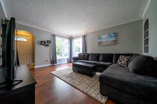 Photo 4: 54 FERNWOOD Avenue in Winnipeg: St Vital Residential for sale (2D)  : MLS®# 202115157