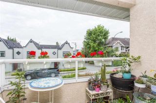 """Photo 5: 3 900 TOBRUCK Avenue in North Vancouver: Mosquito Creek Townhouse for sale in """"Heywood Lane"""" : MLS®# R2589572"""