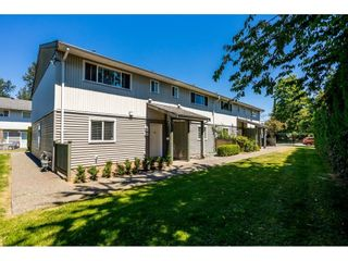 """Photo 1: 95 45185 WOLFE Road in Chilliwack: Chilliwack W Young-Well Townhouse for sale in """"TOWNSEND GREENS"""" : MLS®# R2596148"""