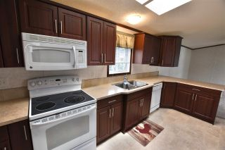 """Photo 4: 47 3001 N MACKENZIE Avenue in Williams Lake: Williams Lake - City Manufactured Home for sale in """"GREEN ACRES MOBILE HOME PARK"""" (Williams Lake (Zone 27))  : MLS®# R2508986"""