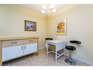 "Photo 6: 210 150 E 5TH Street in North Vancouver: Lower Lonsdale Condo for sale in ""NORMANDY HOUSE"" : MLS®# R2051568"