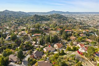Photo 23: RANCHO SAN DIEGO House for sale : 4 bedrooms : 1542 Woody Hills Dr in El Cajon