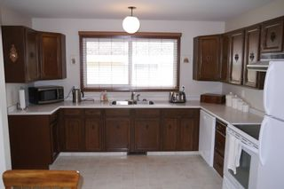 Photo 8: 5 Petersfield Place in Winnipeg: Single Family Detached for sale