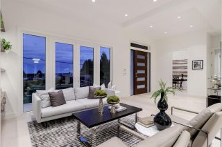 Photo 6: 1515 MATHERS Avenue in West Vancouver: Ambleside House for sale : MLS®# R2514498