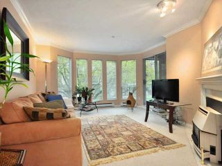 """Photo 2: 207 2288 W 12TH Avenue in Vancouver: Kitsilano Condo for sale in """"CONNAUGHT POINT"""" (Vancouver West)  : MLS®# V820109"""