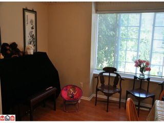 """Photo 10: 10 15488 101A Avenue in Surrey: Guildford Townhouse for sale in """"COBBLEFIELD LANE"""" (North Surrey)  : MLS®# F1219842"""