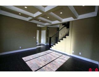 """Photo 2: 46213 KERMODE Crescent in Sardis: Promontory House for sale in """"BEAR CREEK"""" : MLS®# H2900411"""