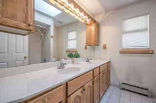 Photo 13: 1308 E 57TH Avenue in Vancouver: South Vancouver House for sale (Vancouver East)  : MLS®# R2205378