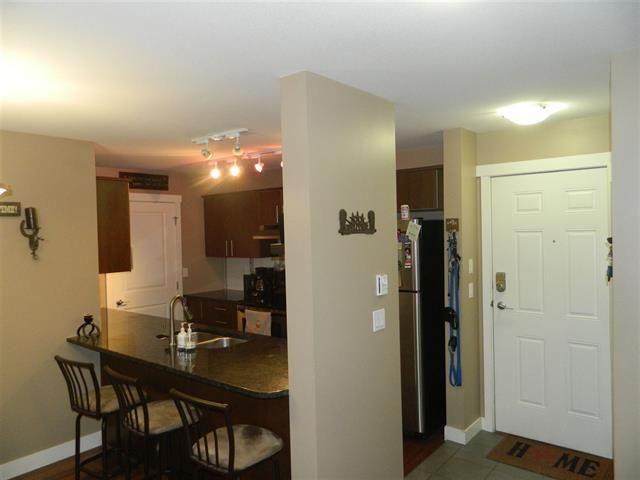 Photo 4: Photos: 19366 65 Avenue: Clayton Condo for sale (Cloverdale)  : MLS®# R2135477