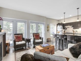 """Photo 8: 8 3750 EDGEMONT Boulevard in North Vancouver: Edgemont Townhouse for sale in """"THE MANOR AT EDGEMONT"""" : MLS®# R2141171"""