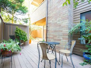 """Photo 9: 104 1930 W 3RD Avenue in Vancouver: Kitsilano Condo for sale in """"THE WESTVIEW"""" (Vancouver West)  : MLS®# R2099750"""