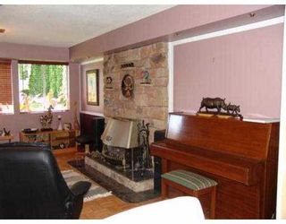 Photo 4: 4360 NOTTINGHAM RD in North Vancouver: Lynn Valley House for sale : MLS®# V554110