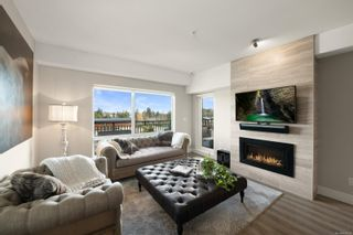 Photo 2: 307 2500 Hackett Cres in : CS Turgoose Condo for sale (Central Saanich)  : MLS®# 861831