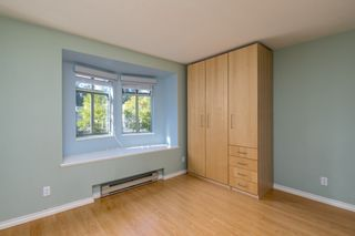 """Photo 11: 415 6735 STATION HILL Court in Burnaby: South Slope Condo for sale in """"COURTYARDS"""" (Burnaby South)  : MLS®# R2450864"""