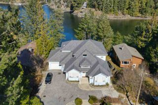 "Photo 5: 9858 WESCAN Road in Halfmoon Bay: Halfmn Bay Secret Cv Redroofs House for sale in ""Secret Cove"" (Sunshine Coast)  : MLS®# R2555031"