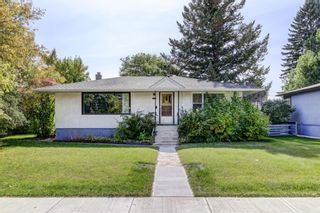 Main Photo: 1903 24 Avenue NW in Calgary: Capitol Hill Detached for sale : MLS®# A1147468