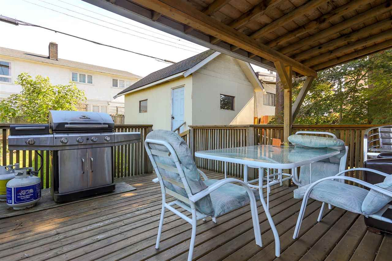 Photo 16: Photos: 4420 NANAIMO Street in Vancouver: Collingwood VE House for sale (Vancouver East)  : MLS®# R2006921