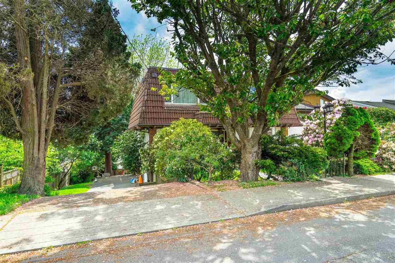 Photo 36: Photos: 1608 NANAIMO Street in New Westminster: West End NW House for sale : MLS®# R2579359