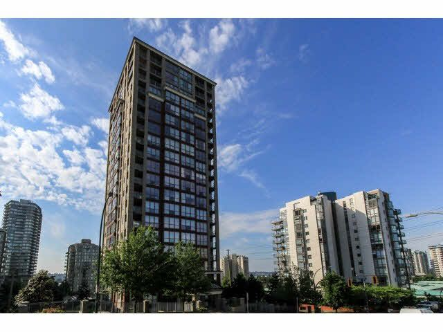 """Main Photo: 1004 850 ROYAL Avenue in New Westminster: Downtown NW Condo for sale in """"THE ROYALTON"""" : MLS®# V1122569"""
