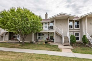 Main Photo: 1824 111A Street in Edmonton: Zone 16 Carriage for sale : MLS®# E4261962
