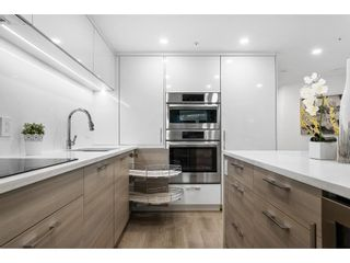 """Photo 9: 1210 1050 BURRARD Street in Vancouver: Downtown VW Condo for sale in """"WALL CENTRE"""" (Vancouver West)  : MLS®# R2587308"""
