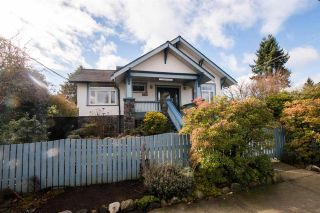 Main Photo: 816 TENTH Street in New Westminster: Moody Park House for sale : MLS®# R2543438