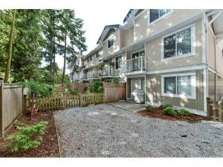 """Photo 3: 60 6533 121ST Street in Surrey: West Newton Townhouse for sale in """"STONEBRAIR"""" : MLS®# F1422677"""