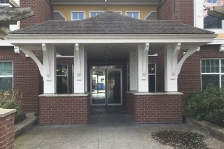 """Photo 18: 114 17712 57A Avenue in Surrey: Cloverdale BC Condo for sale in """"West on the Village Walk"""" (Cloverdale)  : MLS®# R2449032"""