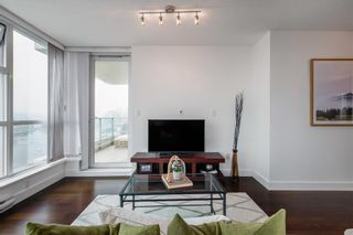 Photo 9: 1704 125 Milross in : Downtown VE Condo for sale (Vancouver East)  : MLS®# R2500854