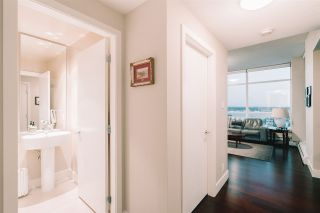Photo 14: 1801 1320 CHESTERFIELD Avenue in North Vancouver: Central Lonsdale Condo for sale : MLS®# R2608424
