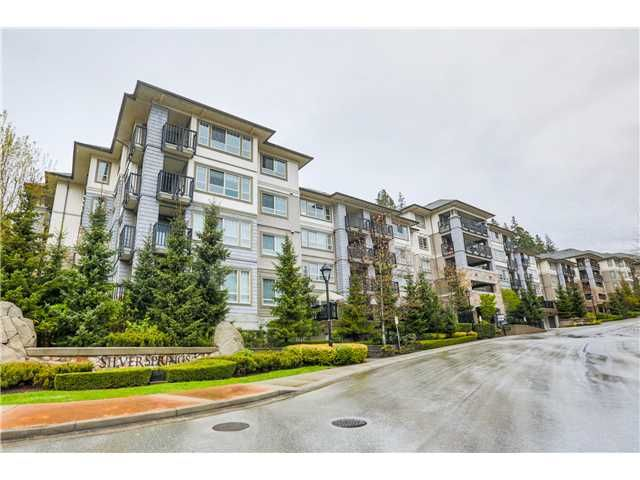 """Main Photo: 309 2951 SILVER SPRINGS Boulevard in Coquitlam: Westwood Plateau Condo for sale in """"TANTALUS AT SILVER SPRINGS"""" : MLS®# V1119225"""