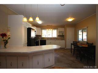 Photo 2: 31 2807 Sooke Lake Rd in VICTORIA: La Langford Proper Manufactured Home for sale (Langford)  : MLS®# 750038