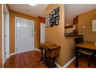 Photo 6: 302 33668 KING ROAD in Abbotsford: Poplar Condo for sale : MLS®# R2255754