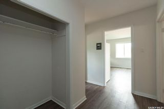 Photo 8: 104 110th Street West in Saskatoon: Sutherland Multi-Family for sale : MLS®# SK872418