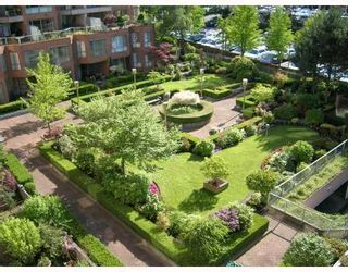 Photo 7: 706 2201 PINE Street in Vancouver: Fairview VW Condo for sale (Vancouver West)  : MLS®# V734760