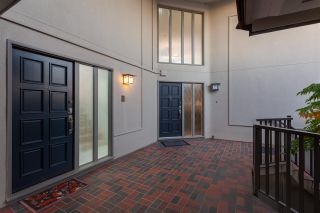Photo 7: 14 2206 FOLKESTONE WAY in West Vancouver: Panorama Village Townhouse for sale : MLS®# R2477030