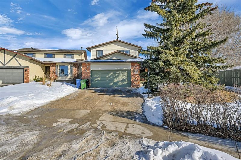 FEATURED LISTING: 123 Edgewood Drive Northwest Calgary